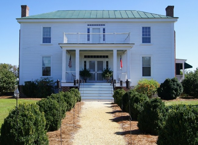 Benjamin W. Best Country Inn & Carriage House